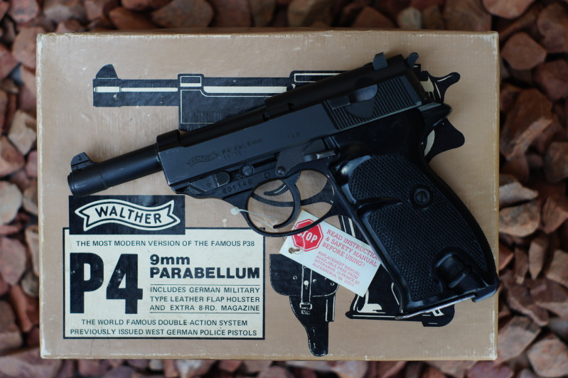 Walther P4 with Box